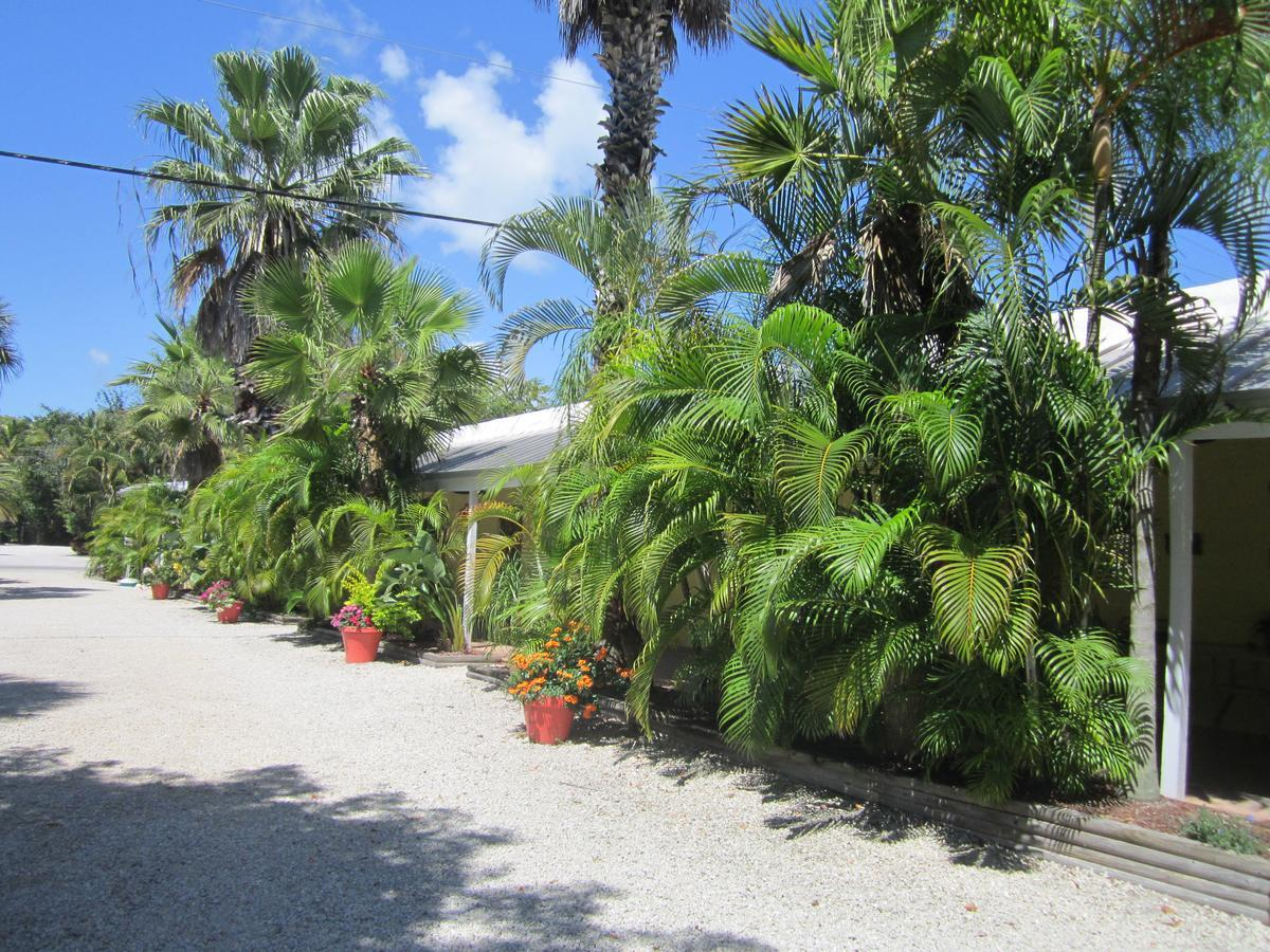 ANCHOR INN AND COTTAGES, SANIBEL ISLAND **